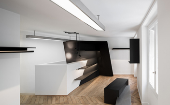 Krisvanassche boutique . 16 Rue Saint Roch . Paris . France